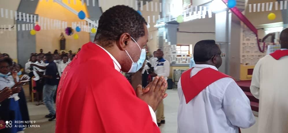 Confirmations a la cathedrale de matadi 27