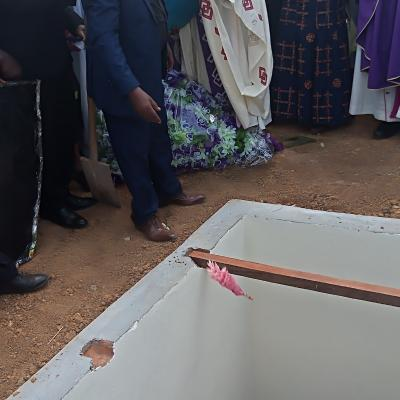 Inhumation de l'abbé Khonde Godefroid