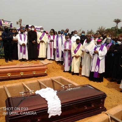 Obseques abbes mbwaki et dianzenza 4