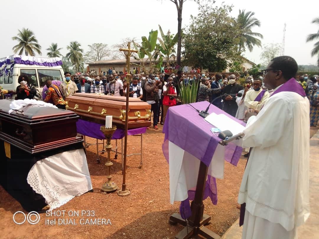 Obseques abbes mbwaki et dianzenza 9