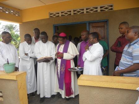 Ouverture du Centre de santé St Antoine à Loma (25)