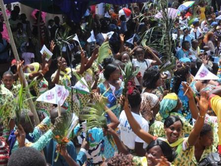 Rameaux des jeunes 2014 à Luozi (103)