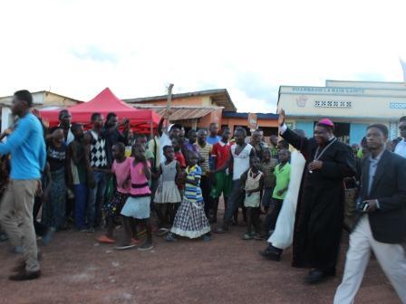 Rameaux des jeunes 2014 à Luozi (16)