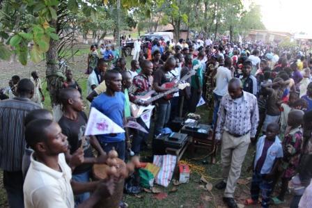 Rameaux des jeunes 2014 à Luozi (23)