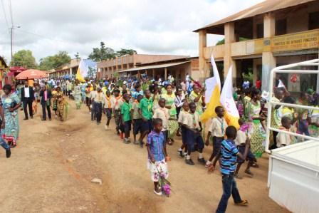 Rameaux des jeunes 2014 à Luozi (48)