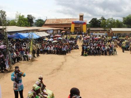 Rameaux des jeunes 2014 à Luozi (59)
