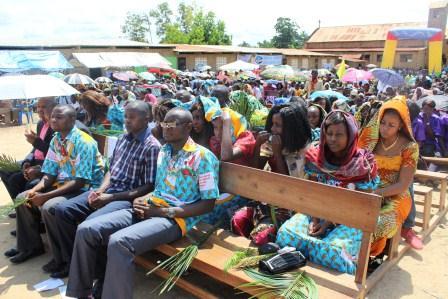 Rameaux des jeunes 2014 à Luozi (79)