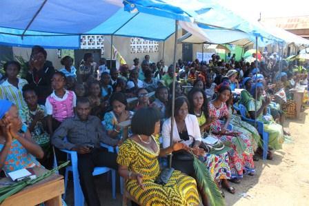 Rameaux des jeunes 2014 à Luozi (85)