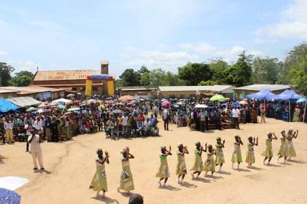 Rameaux des jeunes 2014 à Luozi (92)
