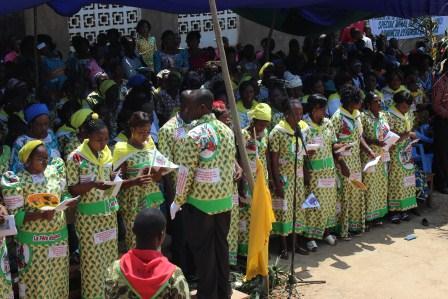 Rameaux des jeunes 2014 à Luozi (93)