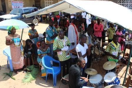 Rameaux des jeunes 2014 à Luozi (94)