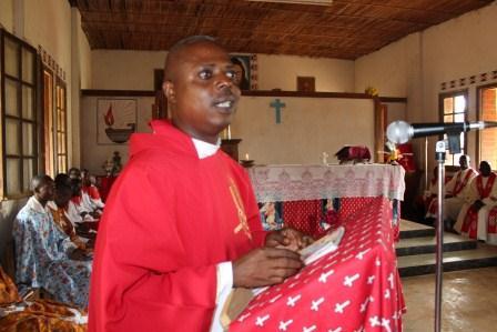 Visite canonique de Mgr Daniel Nlandu à Kibula (101)