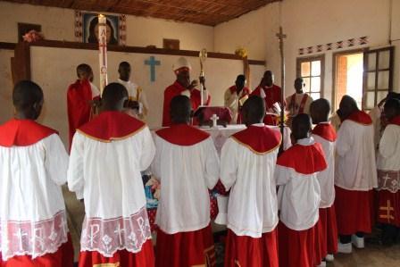 Visite canonique de Mgr Daniel Nlandu à Kibula (103)