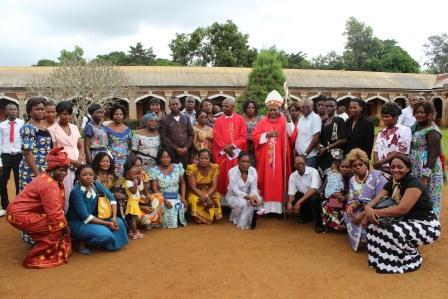 Visite canonique de Mgr Daniel Nlandu à Kibula (104)