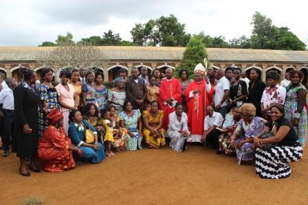 Visite canonique de Mgr Daniel Nlandu à Kibula (105)