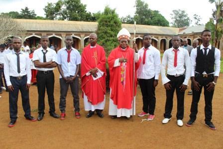 Visite canonique de Mgr Daniel Nlandu à Kibula (106)