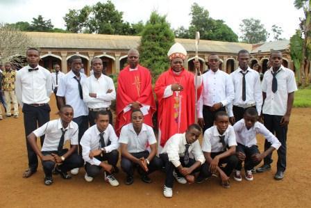Visite canonique de Mgr Daniel Nlandu à Kibula (108)