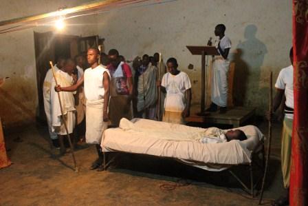 Visite canonique de Mgr Daniel Nlandu à Kibula (11)