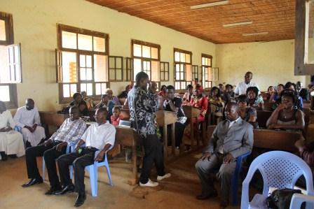 Visite canonique de Mgr Daniel Nlandu à Kibula (116)