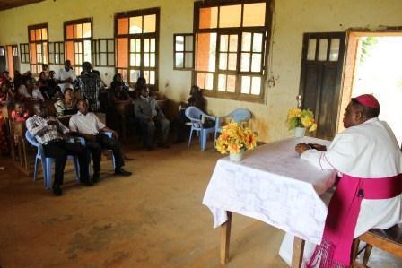 Visite canonique de Mgr Daniel Nlandu à Kibula (120)