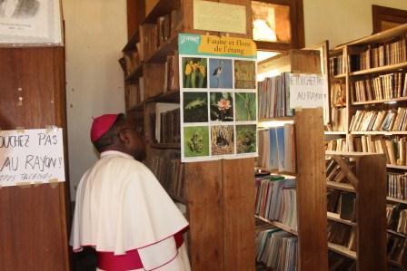 Visite canonique de Mgr Daniel Nlandu à Kibula (124)