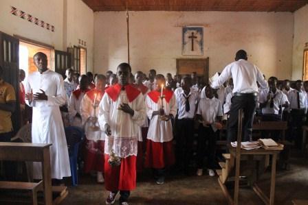 Visite canonique de Mgr Daniel Nlandu à Kibula (19)
