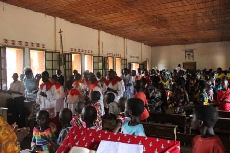 Visite canonique de Mgr Daniel Nlandu à Kibula (20)