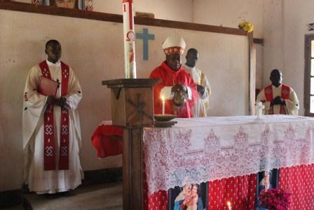 Visite canonique de Mgr Daniel Nlandu à Kibula (24)