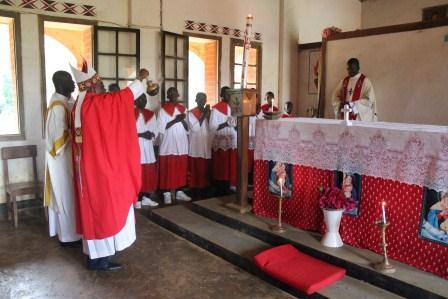 Visite canonique de Mgr Daniel Nlandu à Kibula (25)
