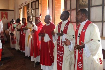 Visite canonique de Mgr Daniel Nlandu à Kibula (32)