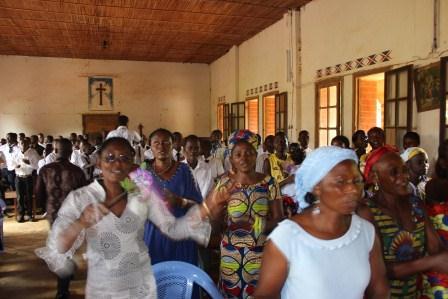 Visite canonique de Mgr Daniel Nlandu à Kibula (35)