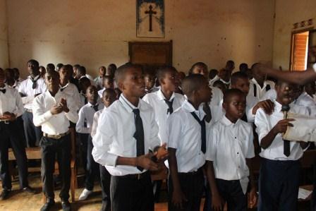 Visite canonique de Mgr Daniel Nlandu à Kibula (37)