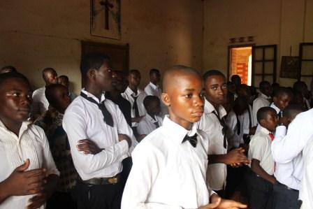 Visite canonique de Mgr Daniel Nlandu à Kibula (38)