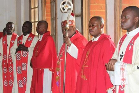 Visite canonique de Mgr Daniel Nlandu à Kibula (41)