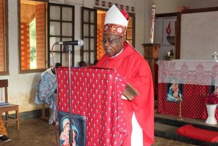 Visite canonique de Mgr Daniel Nlandu à Kibula (42)