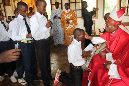 Visite canonique de Mgr Daniel Nlandu à Kibula (51)