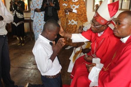 Visite canonique de Mgr Daniel Nlandu à Kibula (54)