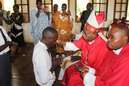 Visite canonique de Mgr Daniel Nlandu à Kibula (55)