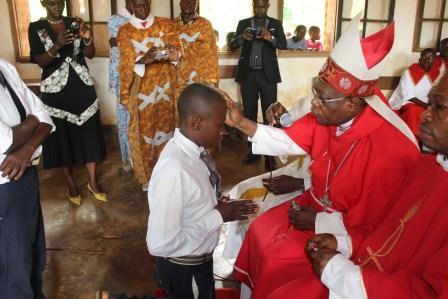 Visite canonique de Mgr Daniel Nlandu à Kibula (58)