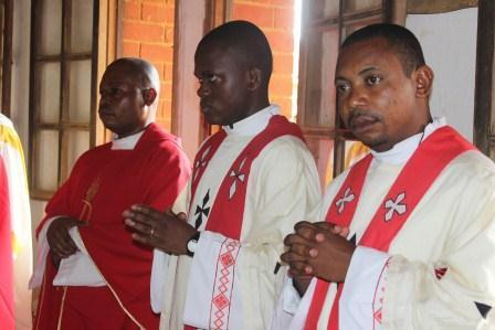 Visite canonique de Mgr Daniel Nlandu à Kibula (62)