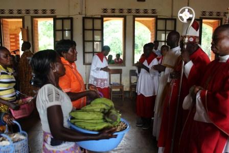 Visite canonique de Mgr Daniel Nlandu à Kibula (68)