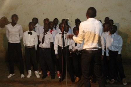 Visite canonique de Mgr Daniel Nlandu à Kibula (7)