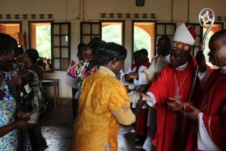 Visite canonique de Mgr Daniel Nlandu à Kibula (70)