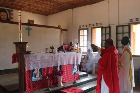 Visite canonique de Mgr Daniel Nlandu à Kibula (76)