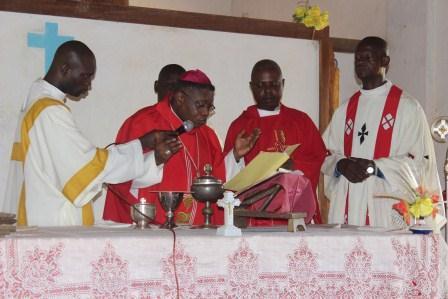 Visite canonique de Mgr Daniel Nlandu à Kibula (78)