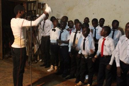 Visite canonique de Mgr Daniel Nlandu à Kibula (8)