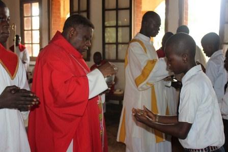 Visite canonique de Mgr Daniel Nlandu à Kibula (83)