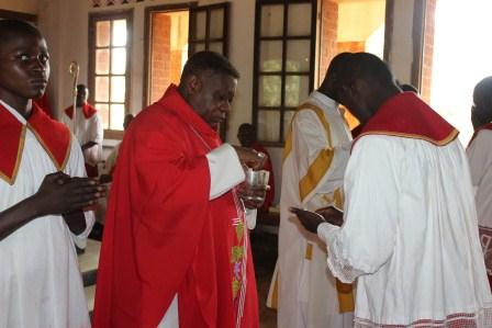 Visite canonique de Mgr Daniel Nlandu à Kibula (84)