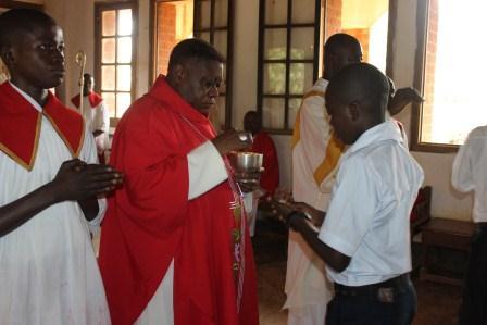 Visite canonique de Mgr Daniel Nlandu à Kibula (85)