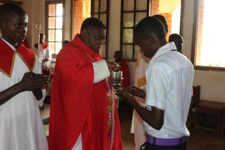 Visite canonique de Mgr Daniel Nlandu à Kibula (86)